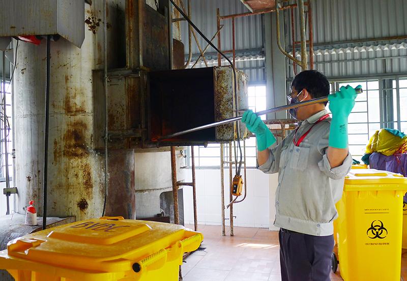Quá trình thu gom xử lý chất thải y tế